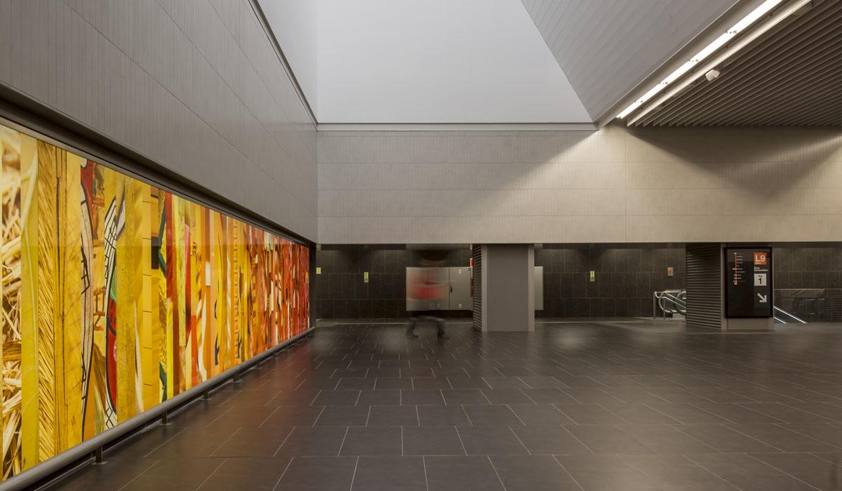 2016. Estacions Prat Estació, Les Moreres i Prat Nord del metro L9, Barcelona